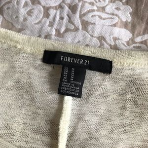 Forever 21 Tops - Casual Knit Sweater 🌿